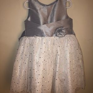 Other - Silver tulle dress!! GREAT CONDITION